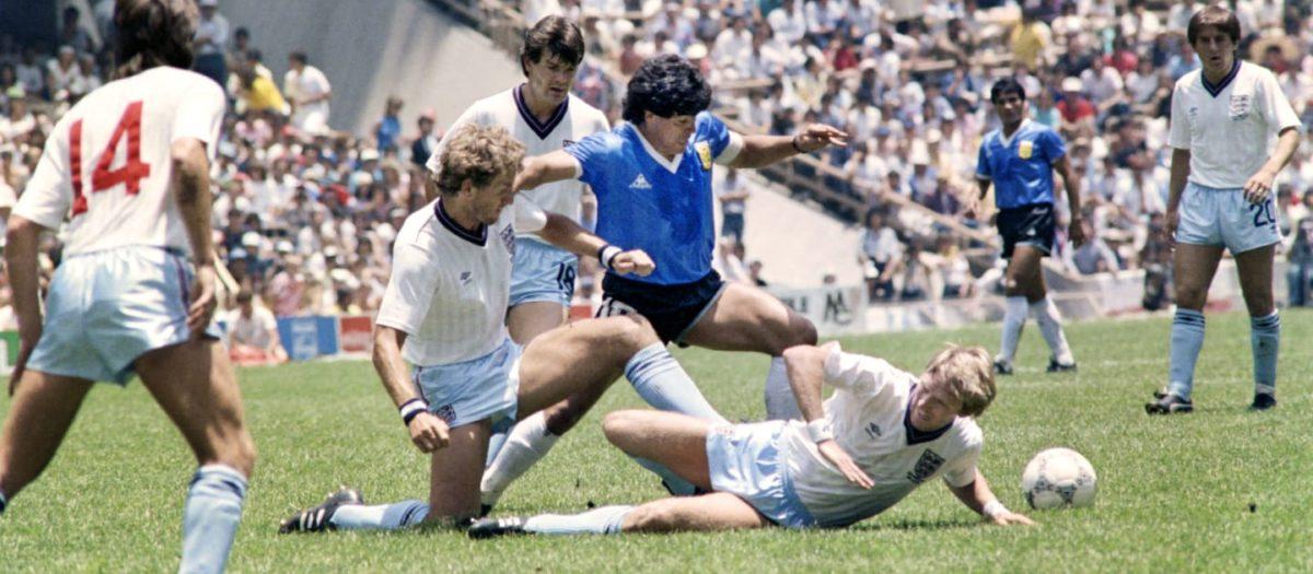 مارادونا در بازی آرژانتین و انگلیس